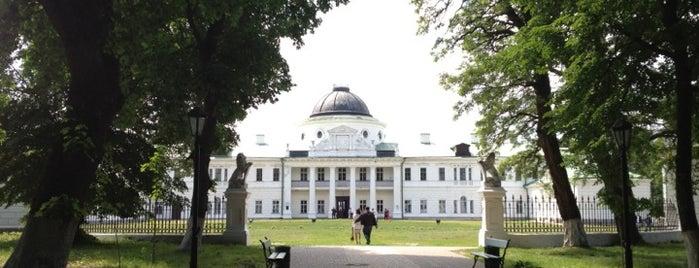 Національний історико-культурний заповідник «Качанівка» is one of загород.