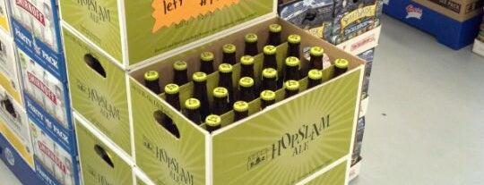 Bill's Liquor Store is one of Charleston Beer.