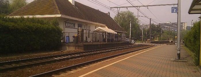 Station Mortsel is one of Bijna alle treinstations in Vlaanderen.