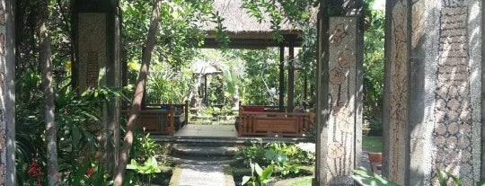 Cafe Wayan & Bakery is one of Bali.