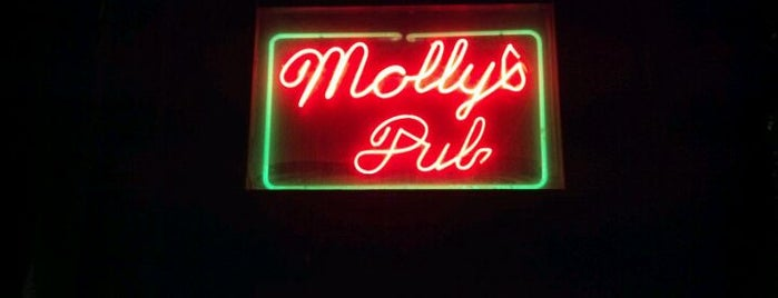 Molly's Irish Pub is one of Favorites.