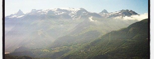 Auris En Oisans is one of Stations de ski (France - Alpes).