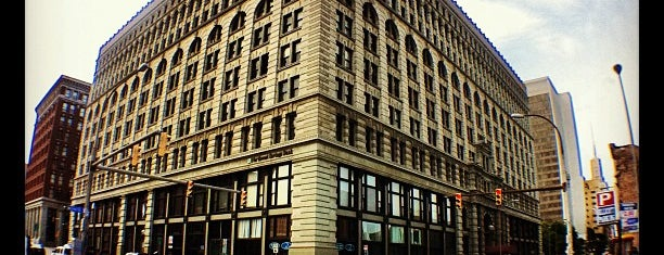 Ellicott Square Building is one of Our Buffalo Trip.