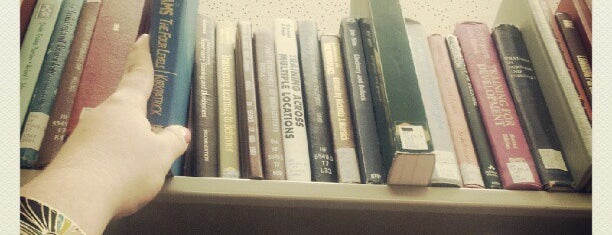 Strozier Library is one of 10 Things To Do Before Graduating from FSU!.