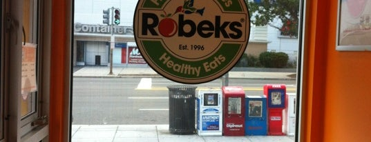 Robeks Fresh Juices & Smoothies is one of AU Essentials Before Graduating.