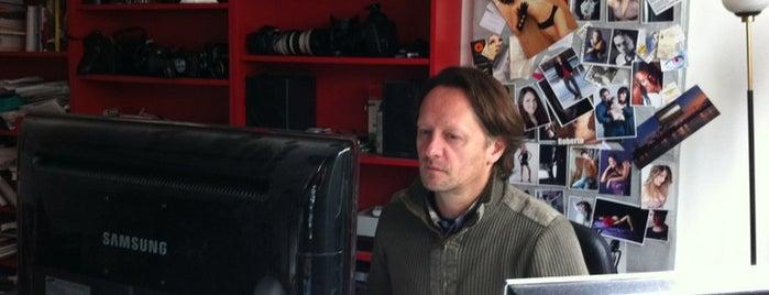 Enrico Scarsi Fotografia is one of Promo.