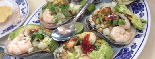 Mariscos Laguna Azul is one of Descuentos con IDENTIDAD-UABC.