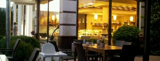 Uzay Pastanesi is one of Best places in Bursa, Türkiye.