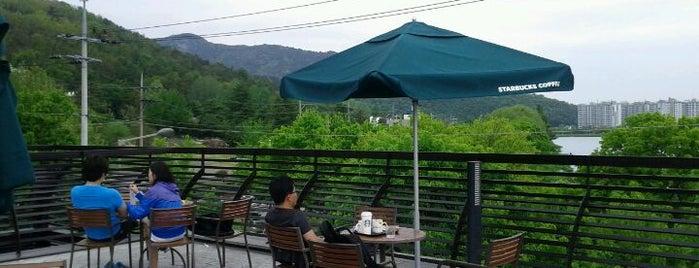 Starbucks is one of Must-visit Cafés in Daegu.