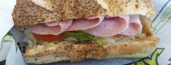 Subway is one of Must-visit Food in Bogotá.