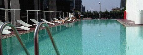Best Los Angeles Pool Parties