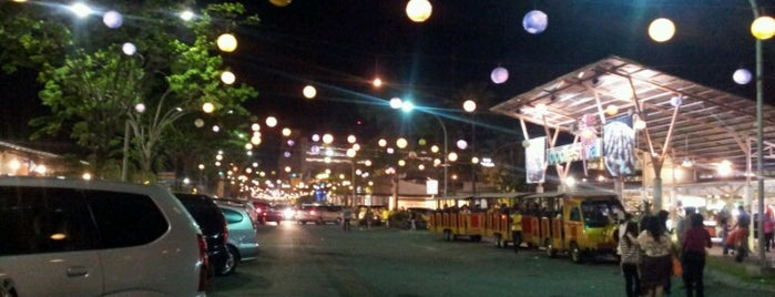 Food Festival is one of Must-visit Food in Surabaya.