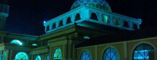 Masjid Tengku Mahkota Abdullah is one of Baitullah : Masjid & Surau.
