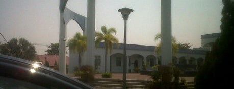 Masjid Kariah Sikamat is one of Baitullah : Masjid & Surau.