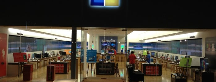 Microsoft Store is one of Pinpointed locations.