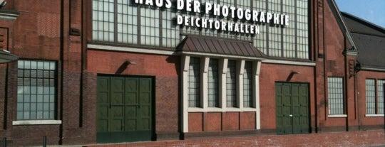 Deichtorhallen is one of Alles in Hamburg.
