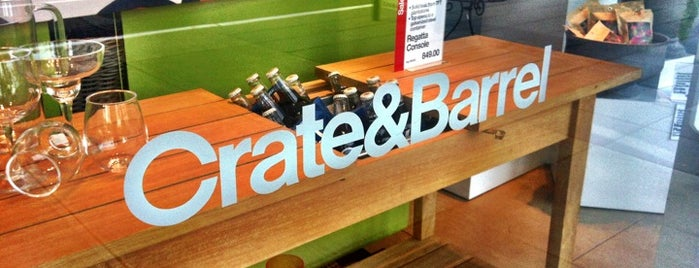 Merveilleux Crate And Barrel Is One Of The 15 Best Furniture And Home Stores In Seattle.