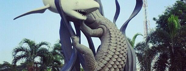 Patung Suro dan Boyo is one of Sparkling Surabaya.