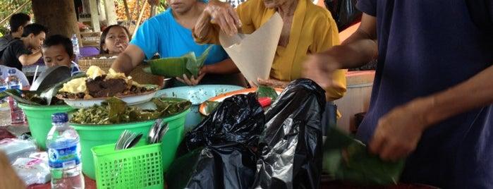 Lawar Sapi Odah Jaran is one of Breakfast spots around Denpasar.