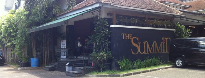 The Summit Factory Outlet is one of Bandung ♥.