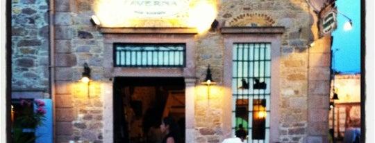 Moshos Taverna is one of Cunda.