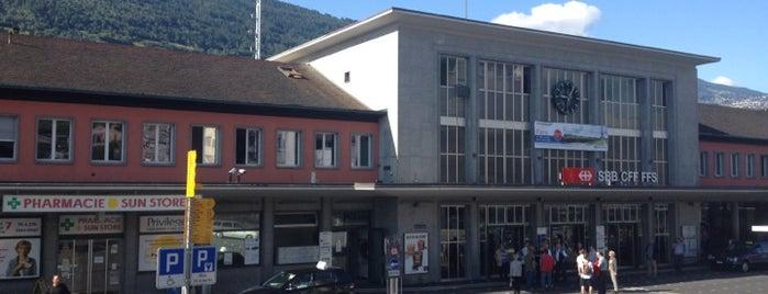 Gare de Sion is one of Bahnhöfe.