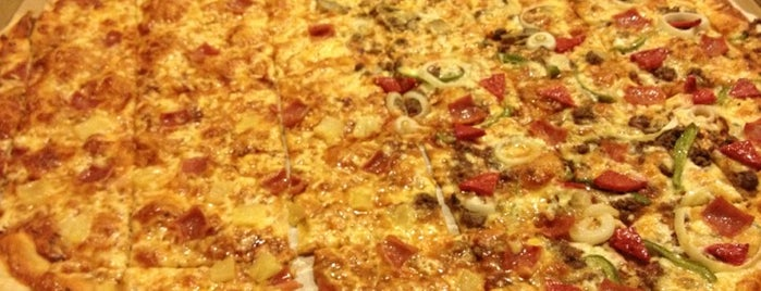 Calda Pizza is one of Espana Eats.