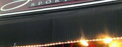 Stephanie's Sports Bar is one of Bars.
