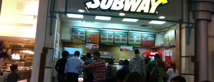 Subway is one of Por onde andei.