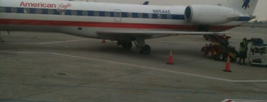 On A Plane!! is one of Td.