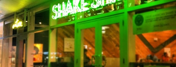 Shake Shack is one of Bienvenidos.
