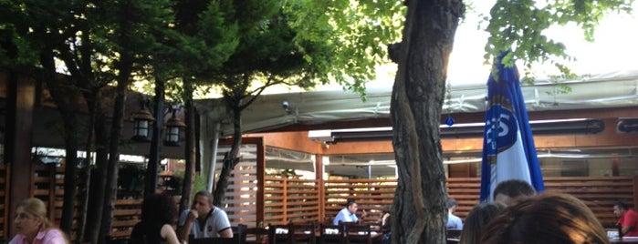 Saklıbahçe Bistro is one of Gece kulupleri.