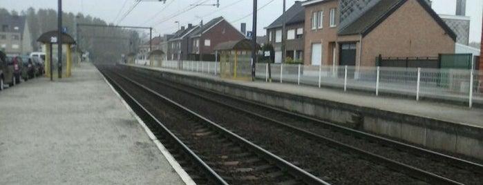 Station Merchtem is one of Bijna alle treinstations in Vlaanderen.