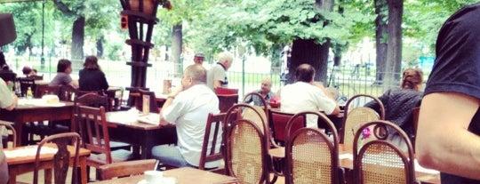 Bunkier Sztuki Café is one of Picie.
