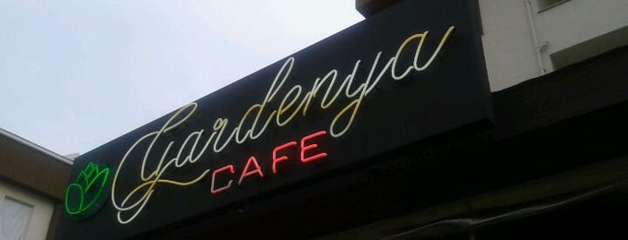 Gardenya Coffee & Cake & Food is one of Lieux sauvegardés par Feyza N..