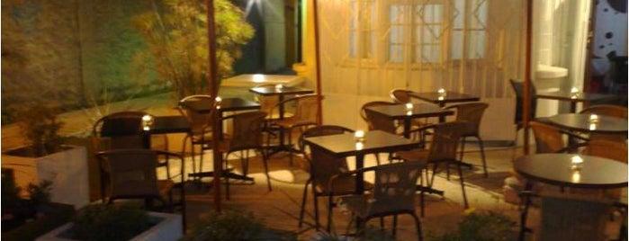 La Vierre is one of Restaurantes, Bares, Cafeterias y el Mundo Gourmet.