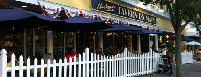 Gaetano's Tavern on Main is one of burrs.