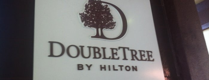 DoubleTree by Hilton Hotel Orlando at SeaWorld is one of Orlando Wedding - herorlandoweddingplanner.com.