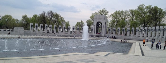 World War II Memorial is one of ♡DC.