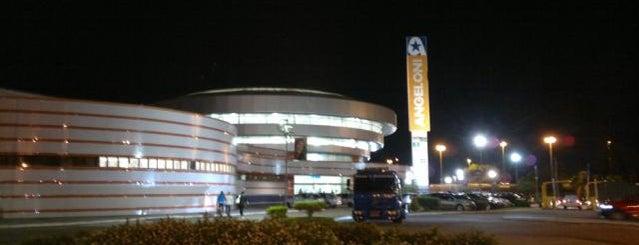Supercenter Angeloni is one of Floripa.
