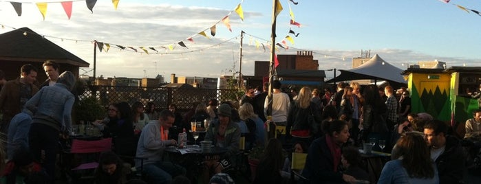 Rooftop @ Queen Of Hoxton is one of A Weekend in the City of London.