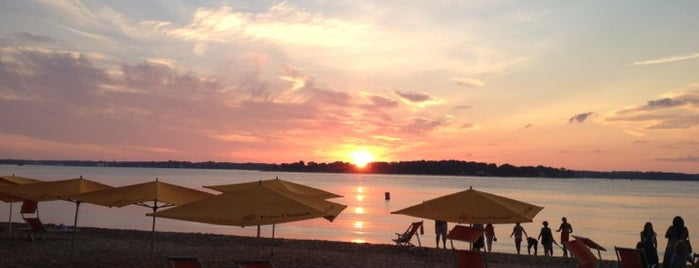 Sunset Beach is one of Greenport.