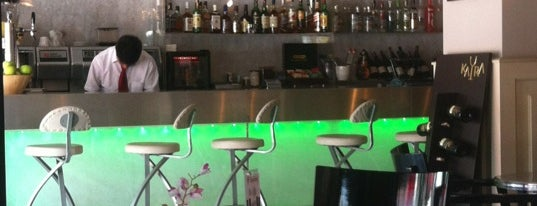 Cajun Cafe & Brasserie is one of Bar.