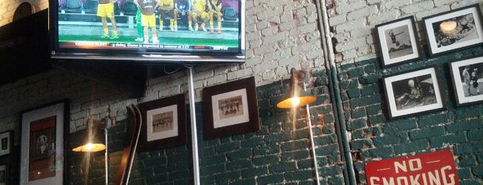 Warren 77 is one of NYC spots to watch the Olympics.