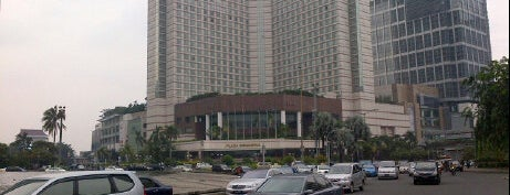 Plaza Indonesia is one of Must Visit Places in Jakarta ( Indonesia ).