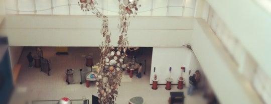Universum, Museo de las Ciencias is one of 32 Museos que Rockean en el DF.