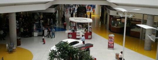 Centro Las Americas is one of Centros Comerciales.