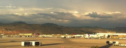 Aeroporto Internacional de Salt Lake City (SLC) is one of Free WiFi Airports.