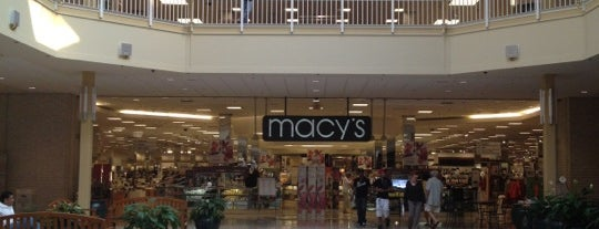 Lehigh Valley Mall is one of Popular places.