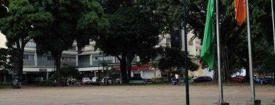Plaza La Castellana (Plaza Isabel La Católica) is one of Plazas de CCS.